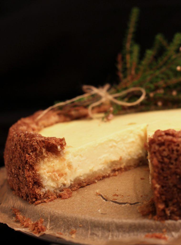 Mummon valkosuklainen juustokakku