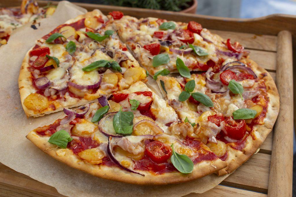 Chipotle-tomaatti-pariisinperunapizza